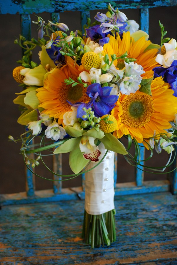 Cebolla Fine Flowers, Dallas Arboretum Wedding, Blue and Yellow Wedding Centerpieces, White Hydrangea, Yellow Sunflowers with Green Center, Blue Delphinium, Yellow Billy Balls, Yellow Roses, Design Tray