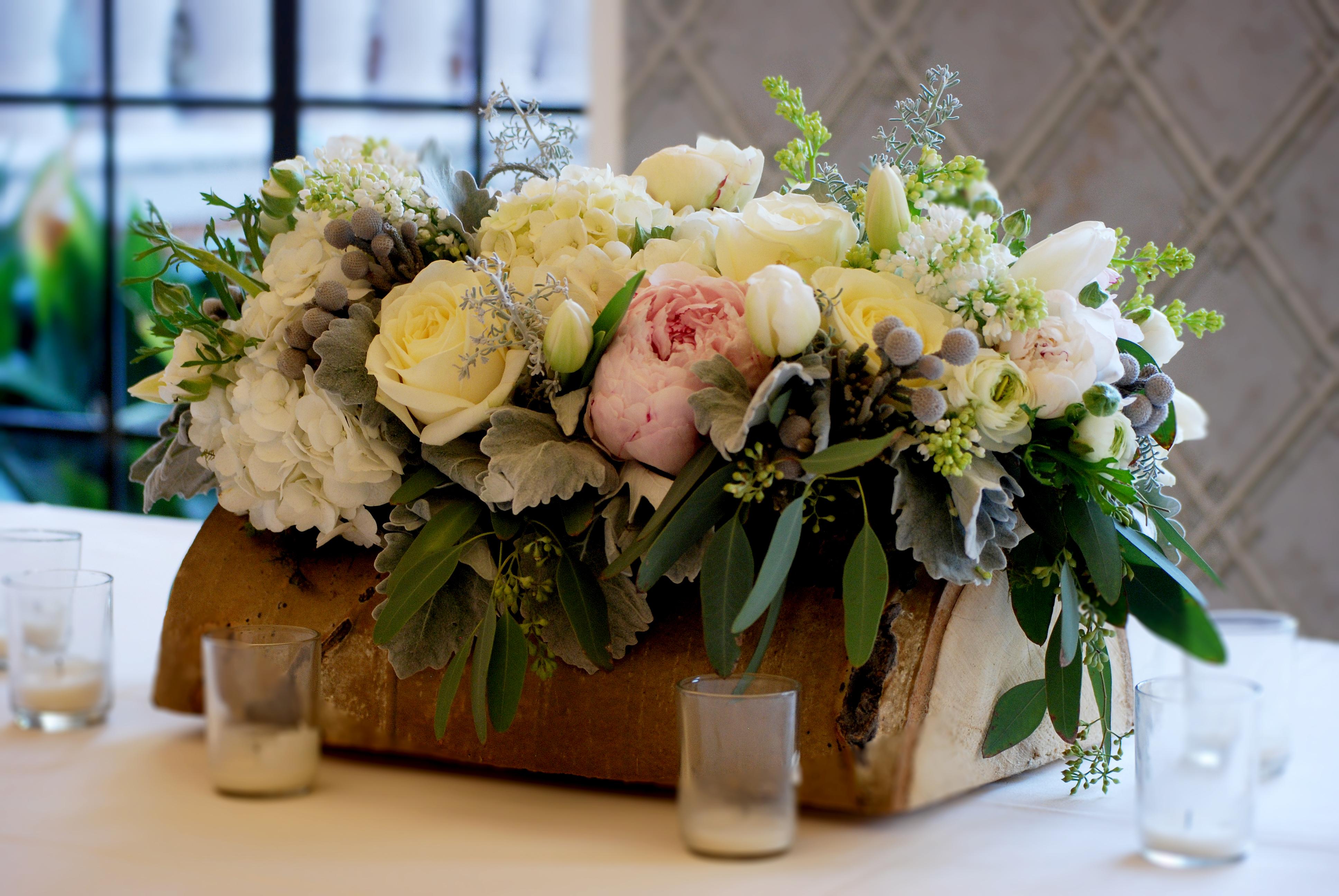 Cebolla Fine Flowers Aspen Log Arrangement Rustic Arrangements January Wedding The